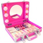 Lalaloopsy Mega Makeover Set with Light-Up Case $19.99 Shipped!