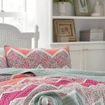 Laura Ashley Quilt Set