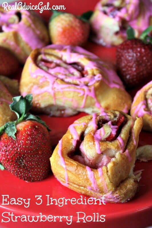 Easy 3 Ingredient Strawberry Rolls