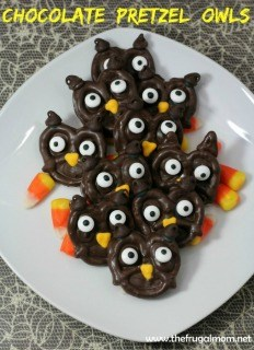 320-chocolate-pretzel-owls-halloween