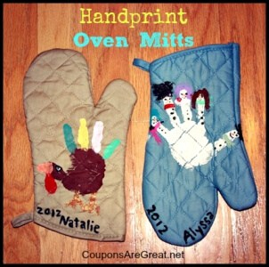 handprint-oven-mitts-christmas-thanksgiving