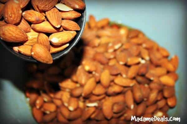 crockpot-cinnamon-almonds-2