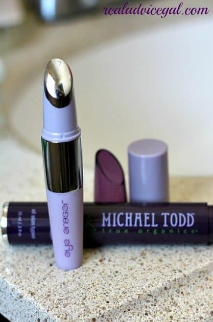 The Eye Eraser by Michael Todd USA helps reduce puffiness, dark circles, and fine wrinkles around your eyes.