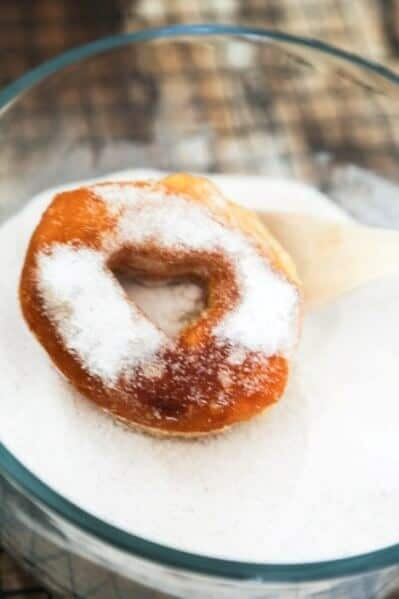 Easy Cinnamon Sugar Doughnuts Recipe