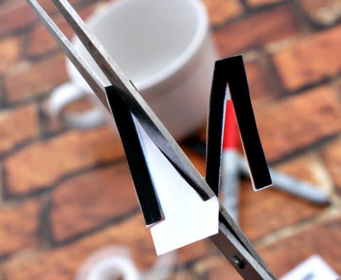 mug letters