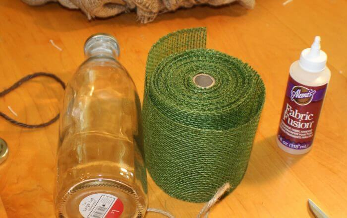 how to decorate a vase with burlap