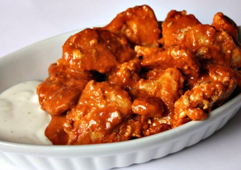 Sep 27, · This Crockpot Buffalo Wings recipe makes chicken wings easy and delicious to make any day of the week! Serve with your favorite blue cheese dressing or even make your own Game Day or any day is a perfect time to make this Crockpot Buffalo Wings Recipe!Servings: 8.