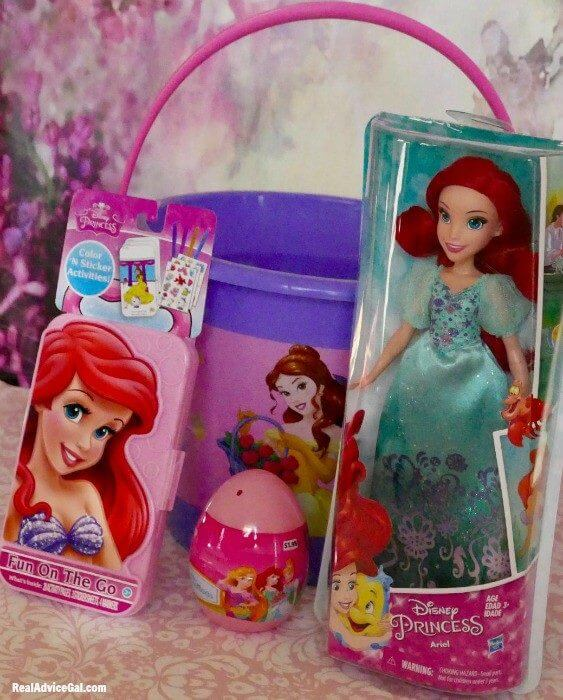 Easter gift basket for kids with ©Disney Princess from Walmart