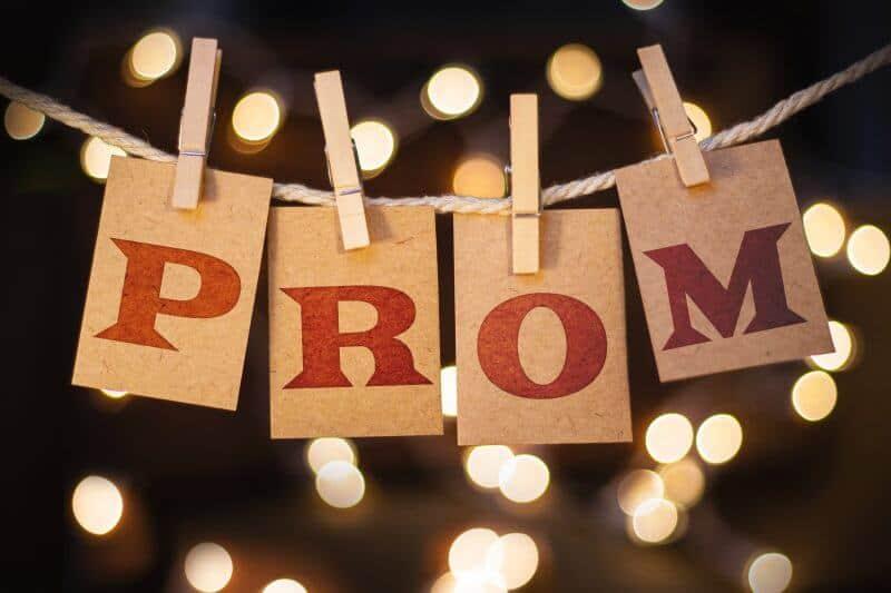 10 Fun Prom Proposal Ideas