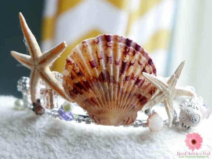 Create a fun and pretty mermaid crown for your mermaid princess