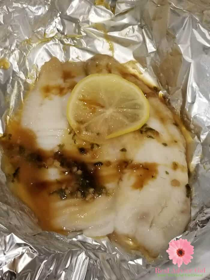 Prepare dinner in just few minutes. This healthy tilapia recipe in the pressure cooker is so delicious and perfect for the family.